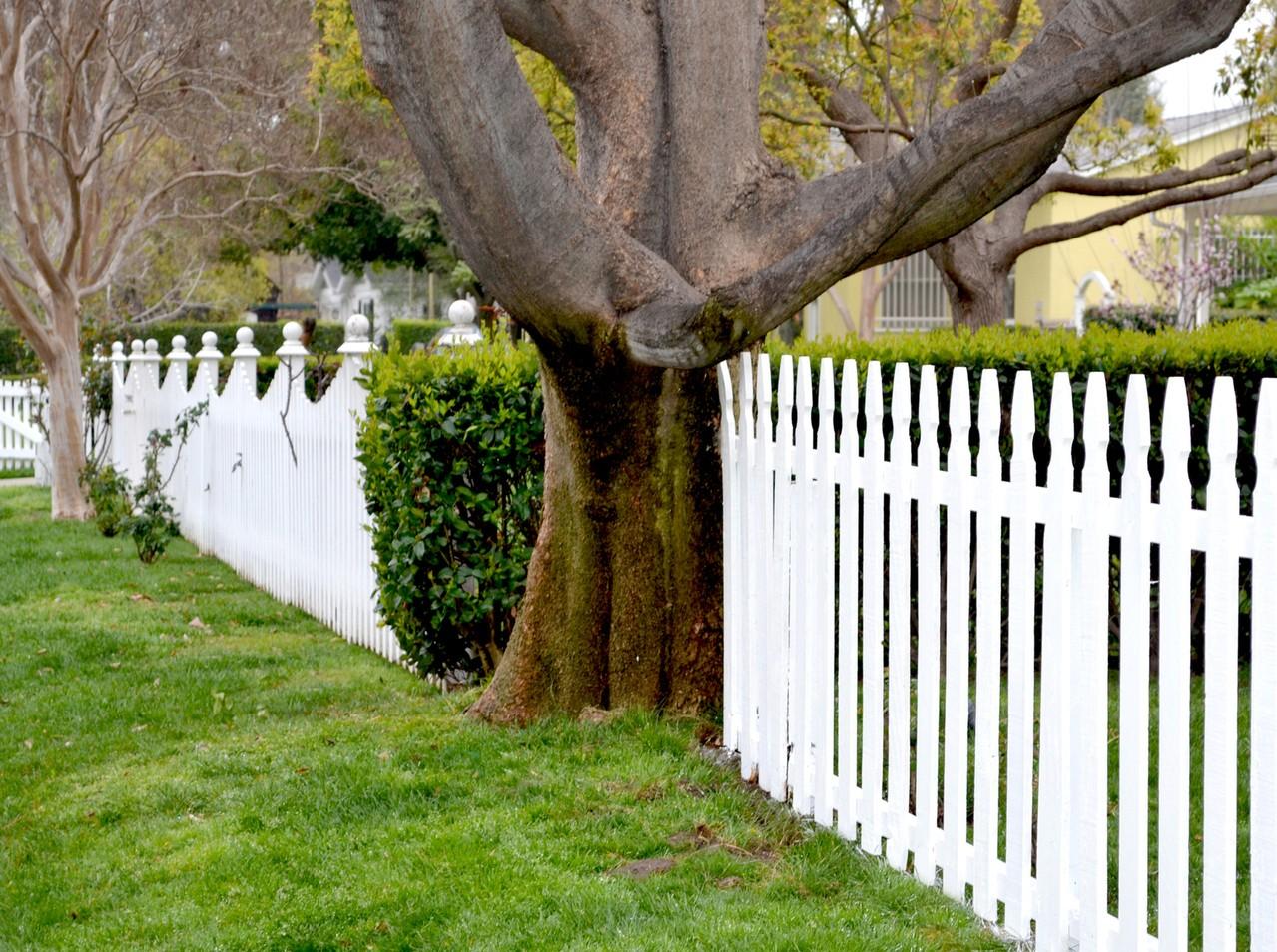 Projektujemy ogrodzenie dla naszego domu
